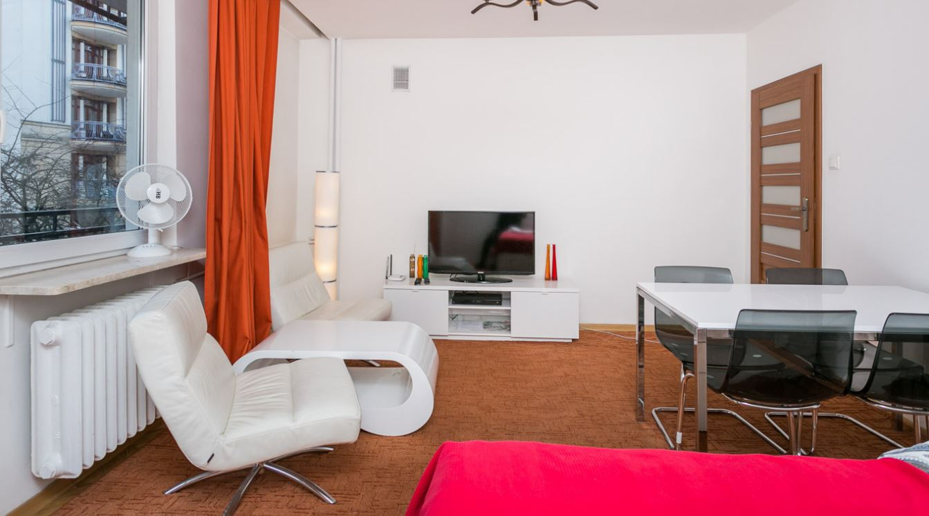 דירה במרכז וורשה – Niecała